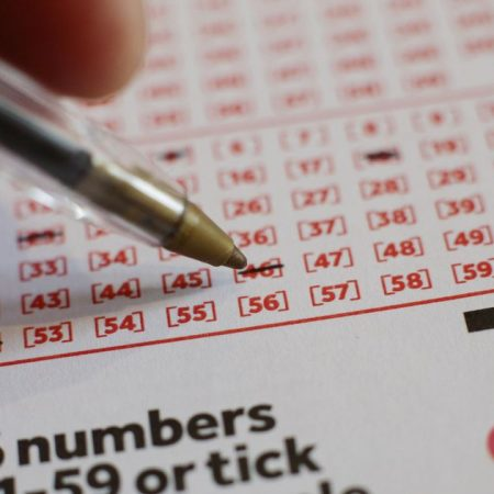 UK National Lottery players must be over 18 from next year